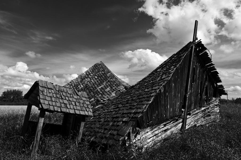 Log Cabin Alberta Prairies